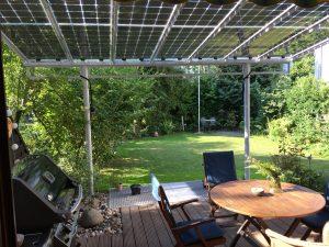 Terrassenüberdachung mit PV Modulen in Wiesloch